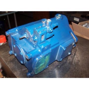NEW PARKER HYDRAULIC VARIABLE VOLUME PISTON PUMP PVP76302R2M10  76 cc/rev