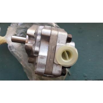 New Parker Hydraulic Pump P12-17C-4K5 / P12 17C 4K5