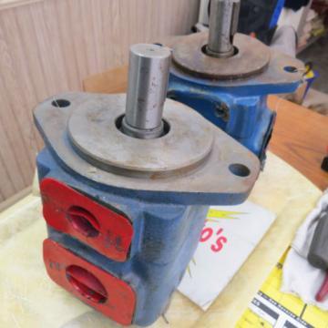2 - Hydraulic pumps, Metaris MH5V30A-1C-21 & Vickers