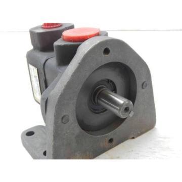 #58  Vickers  V10-2P3P-1C20  382077-3  Hydraulic Pump