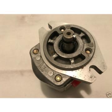 Prince Manufacturing SP20B08A9H2-R Hydraulic Gear Pump 8.33 GPM 3000 PSI