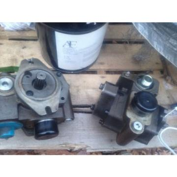 PARKER HYDRAULIC GEAR PUMP 337-8102-005
