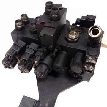Linde Forklift E20C-600 4 Spool Hydraulic Control Valve - P/N 0009442991