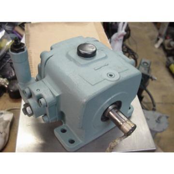 New Nachi hydraulic variable volume vane pump W-VDC-2A-2A3-20 VDC-2A-2A3-20