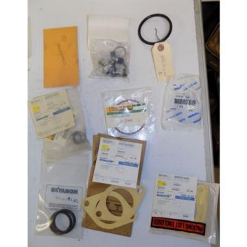 LOT OF Komatsu Gasket Seal Small Parts O-Ring Hose Clamp