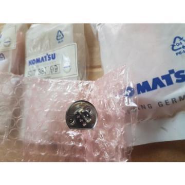 QTY of 3 New Komatsu Mining Germany Halogen Lamp 24V70W 507 383 99 / 50738399