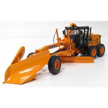First Gear Komatsu GD655 Motor Grader w/V-Plow & Wing D.O.T. orange 1:50 Scale