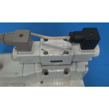 Mannesmann Egypt Canada Rexroth 4WRKE10W4-50-2X/6A24Z9/D3M Hydraulic Valve Assembly